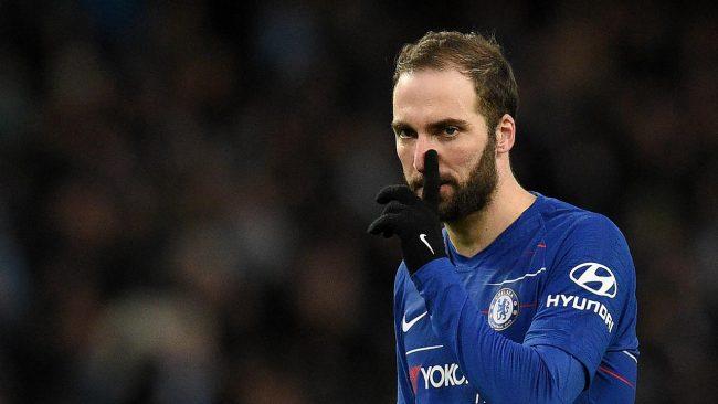 Juventus berharap kepada Chelsea agar mau memanenkan pemain striker mereka, Gonzalo Higuain
