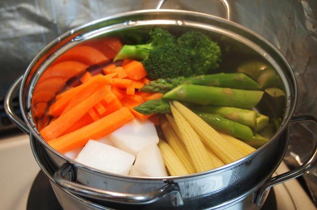 Beberapa Tips Untuk Memasak Sayur Agar Nutrisinya Tidak Hilang